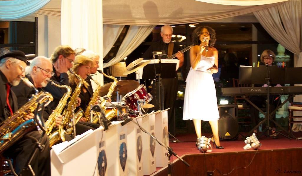 Mazella Houston, big band vocalist enchants audiences